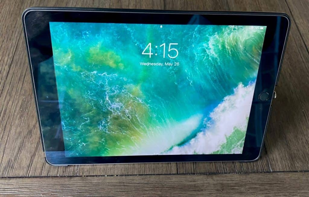 ipad with cover as stand and screen on