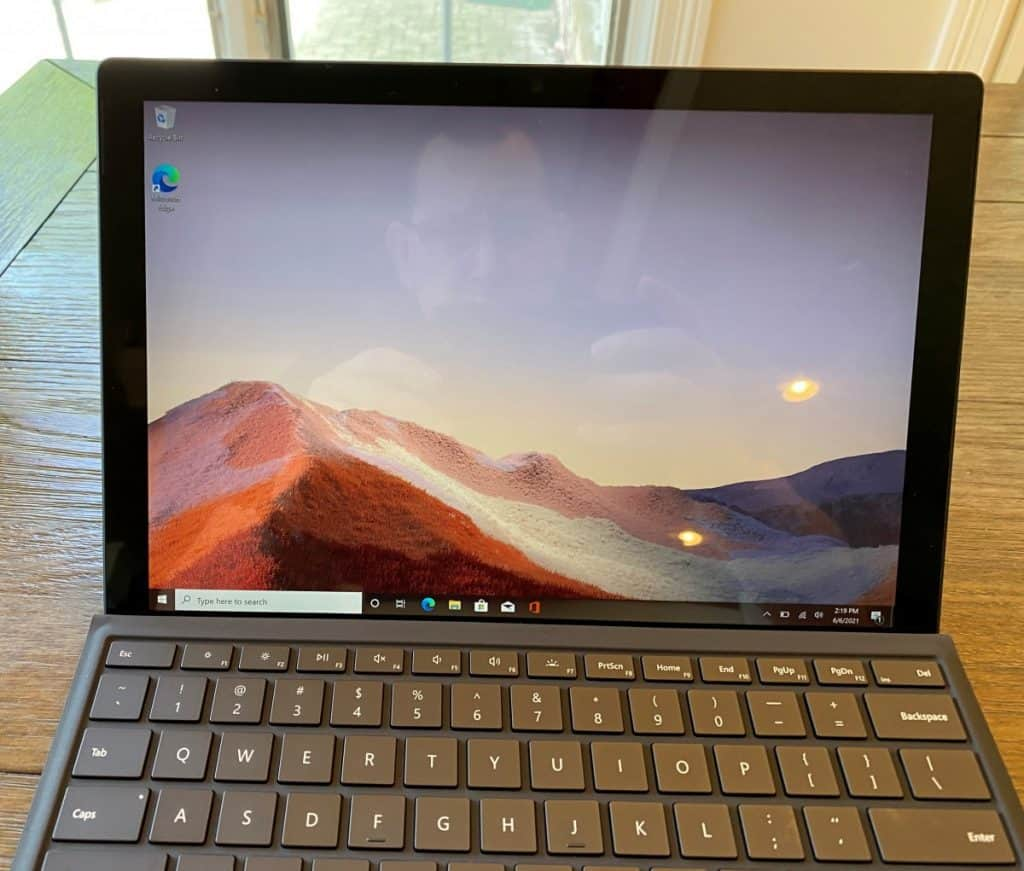 surface pro screen and keyboard