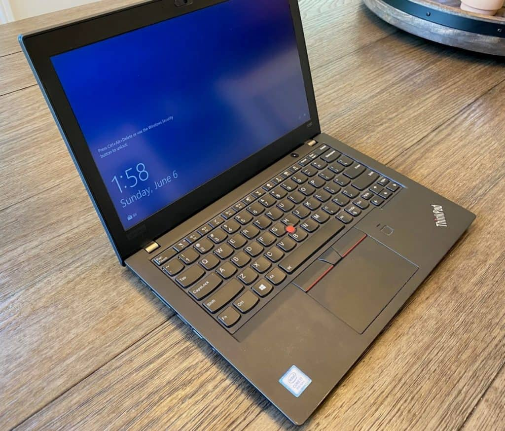 thinkpad laptop turned on from the side
